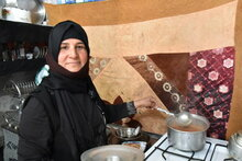 Photo: WFP/ Sharon Rapose, Lunch in Ashti camp, Sulaymaniyah, with ingredients purchased using the monthly assistance provided by WFP
