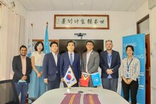 photo: Republic of Korea and WFP Timor-Leste working together with UN Humanitarian Air Service